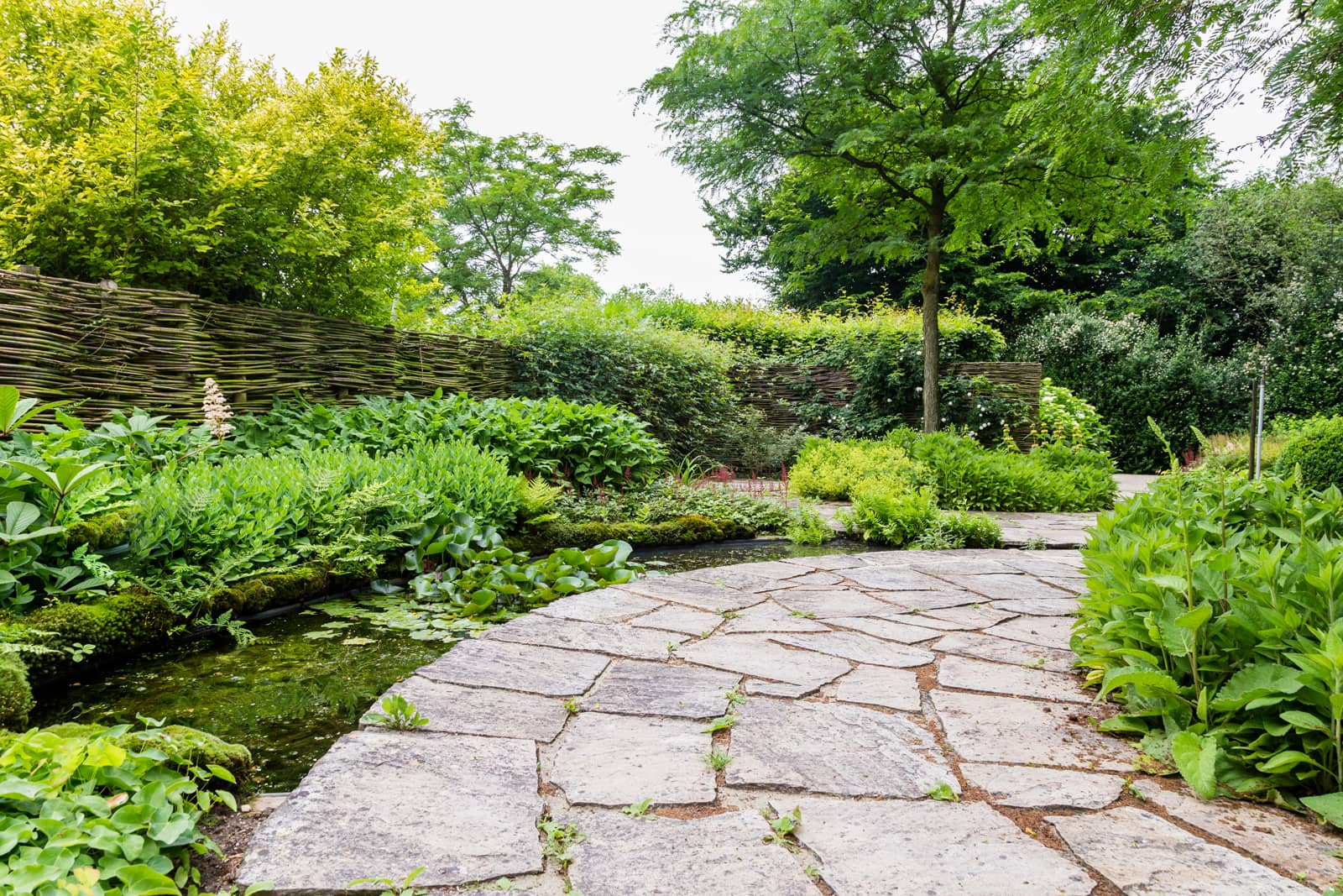 Flagstone Landscaping Ideas