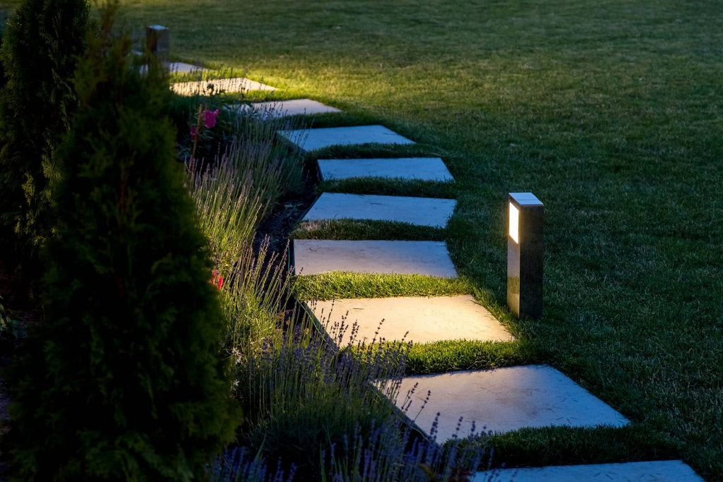 Landscape Lighting Ideas for Walkways
